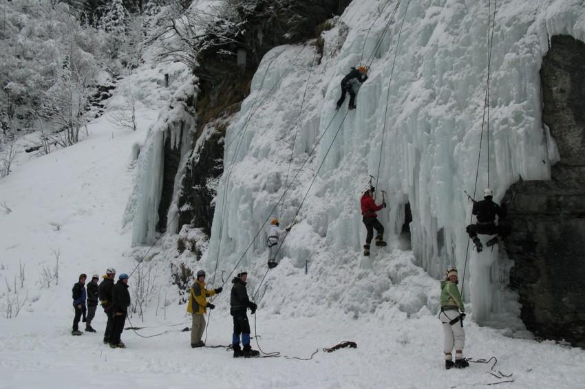 waterfall climbing in interlaken