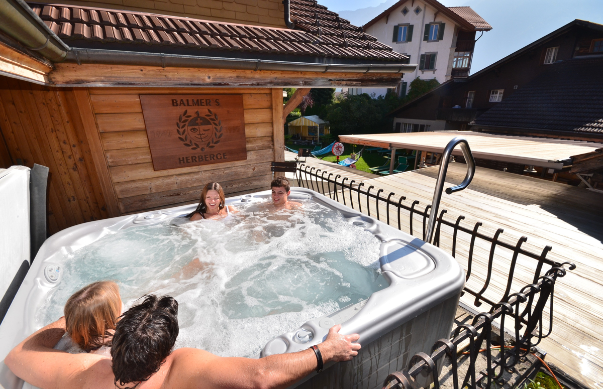naked hot tub at balmers interlaken