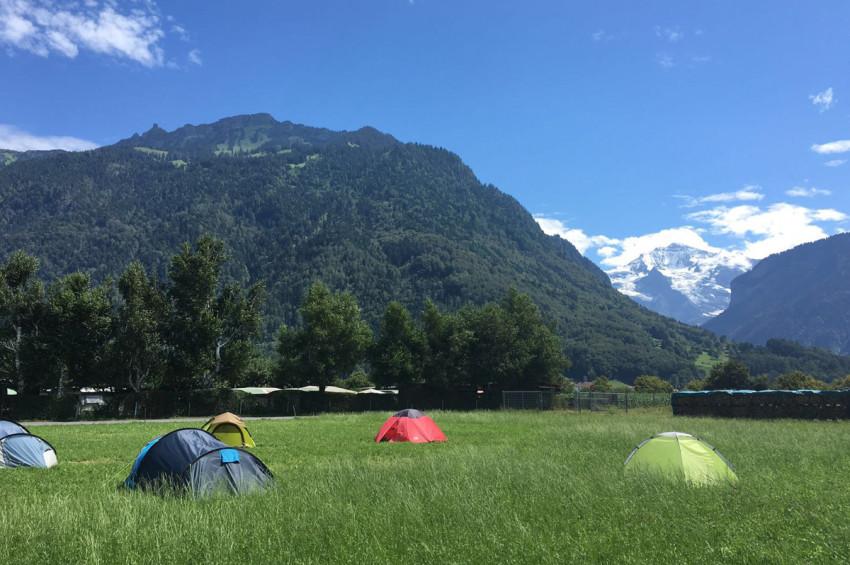 pitch_tent_camping_interlaken_balmers002