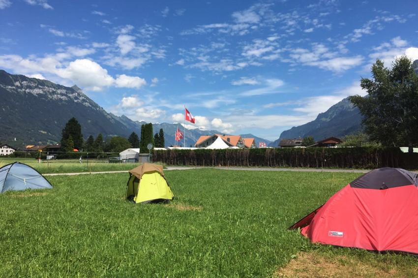 pitch_tent_camping_interlaken_balmers004