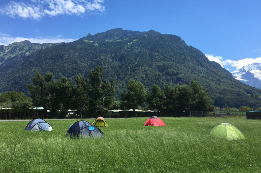 pitch_tent_camping_interlaken_balmers006