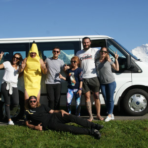 Happy Banana Bus